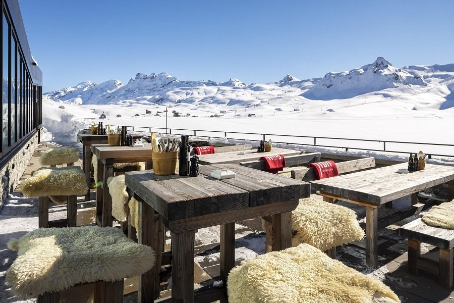 Ski in & Ski out: Impressive Mountain Panorama and Pure Nature – Frutt Mountain Resort Opens the Winter Season in the Heart of Switzerland