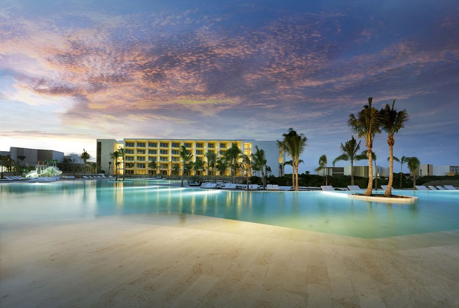SPOTLIGHT ON Jesus Zalvidea, Director of Grand Palladium Costa Mujeres