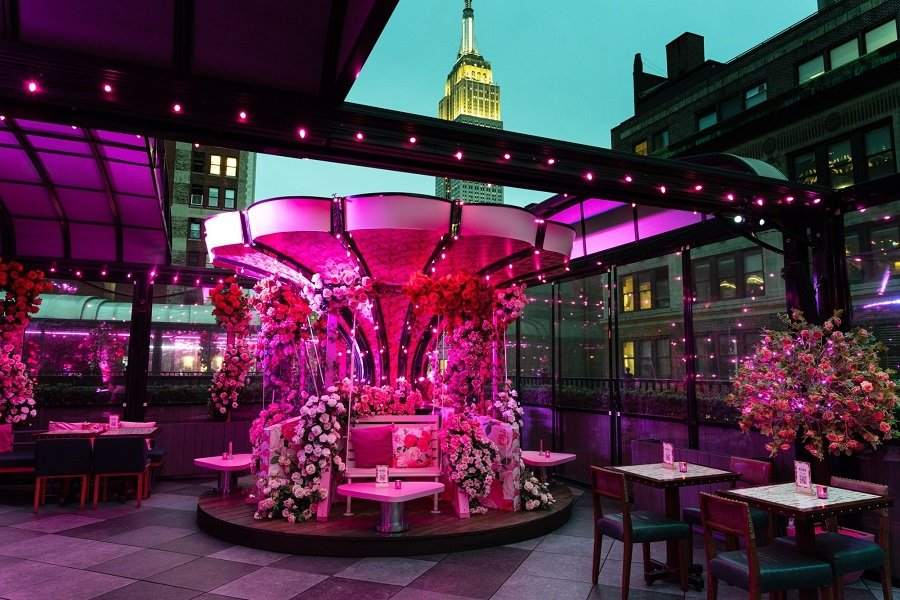 Moxy Times Square Transforms Rooftop bar into Rose Garden