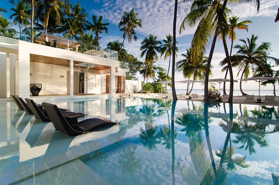 Reopening Maldives Tourism on a Wing and a Prayer